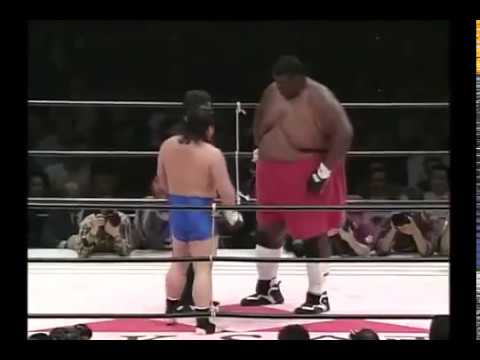 MMA Fighter vs  Sumo