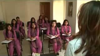 getlinkyoutube.com-Persona beauty parlour kaniz Almas khan