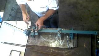 getlinkyoutube.com-Dobradeira de Estribos venda (11)94810-7784(tim).VALOR 675,00