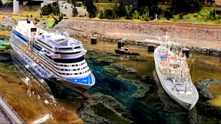 getlinkyoutube.com-Hafengeburtstag im Miniatur Wunderland - RC Schiffe der IG Mikromodell vs. AIDA und Cap San Diego