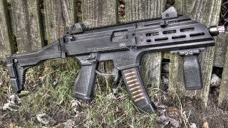 getlinkyoutube.com-HB Industries CZ Scorpion EVO 3 S1 Aluminum Handguards