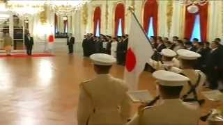 getlinkyoutube.com-Official Welcome Ceremony of PM Narendra Modi at Akasaka Palace, Tokyo