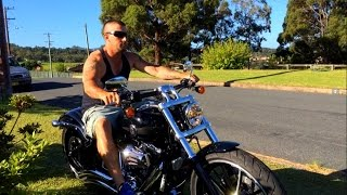 getlinkyoutube.com-Harley Davidson Softail Breakout FXSB Vance and Hines Exhaust