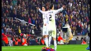 getlinkyoutube.com-Barcelona vs Real Madrid Peleas ( el dia despues 2010 )