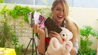getlinkyoutube.com-Lana's LUXURY Gifts !!! *VERY EXPENSIVE FAN MAIL*