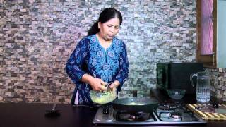 getlinkyoutube.com-Raw Papaya Kofte Recipe - Papite Ke Kofte recipe - Papaya Kofta Curry Recipe