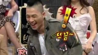 getlinkyoutube.com-BigBang Taeyang is showing his greeting by dance