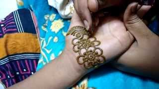 getlinkyoutube.com-beautiful easy simple mehndi design for hands latest-2:Matroj Mehndi Designs