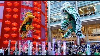getlinkyoutube.com-CNY2017~ Acrobatic Double Lion Dance (舞獅 Múa Lân) by Khuan Loke 群乐龙狮团@Suria KLCC (19/1/2017) 4K UHD