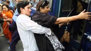 getlinkyoutube.com-pakistan police zulm sharamnak song 21