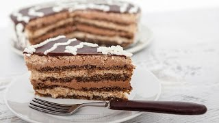getlinkyoutube.com-Bebina kuhinja - Snikers torta - Domaći video recept