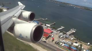 getlinkyoutube.com-KLM Boeing 747-400 Rocket-Takeoff St Maarten Princess Juliana Airport