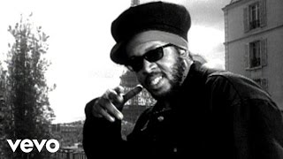 getlinkyoutube.com-Ini Kamoze - Here Comes The Hotstepper (Remix)