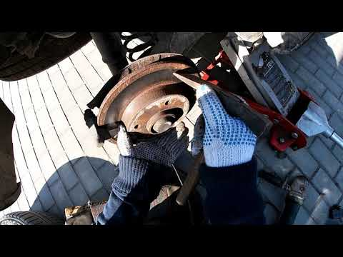 Замена задних тормозных колодок пежо 307 Stabdziu kaladeliu keitimas