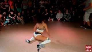 getlinkyoutube.com-Siberian Dancehall Contest 2015 - Final - Twerk - Keat Mel vs. Mary