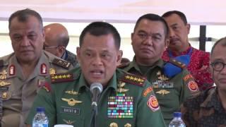 getlinkyoutube.com-Jumpa Pers Panglima TNI saat Menghadiri Pelatihan Peningkatan Kapasitas Aparat yang di Gelar KPK