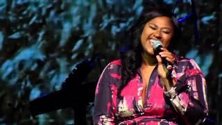 getlinkyoutube.com-Jazmine Sullivan - Forever Don't Last (Live)