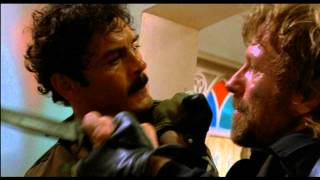 Chuck Norris Fight Scene Delta Force 1 (german)