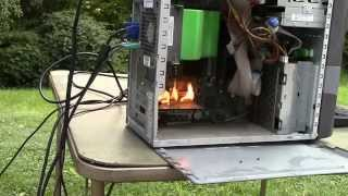 getlinkyoutube.com-Torching A Computer (While It's Running)