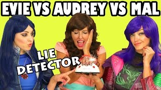 getlinkyoutube.com-Mal vs Evie vs Audrey Lie Detector Test Disney Descendants in Real Life. DisneyToysFan