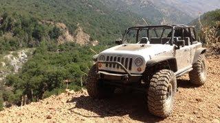 getlinkyoutube.com-Axial SCX10 - Jeep Wrangler RTR first Test Raid