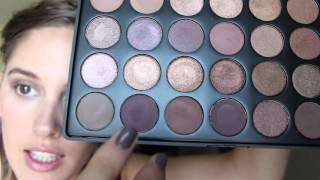 getlinkyoutube.com-Basic Eyeshadow Tutorial Using the Morphe 35T Palette