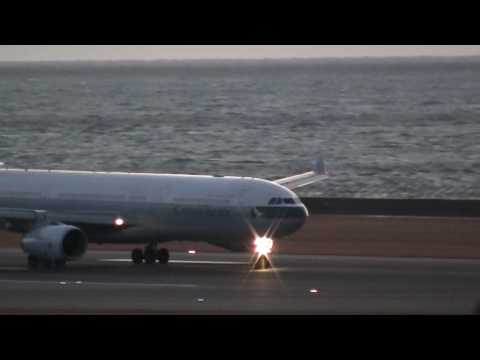 Cathay Pacific Airbus A330 & A340 Take off at Nagoya