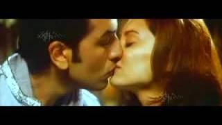ranbir kissing minnisha minisha lamba kiss bachna