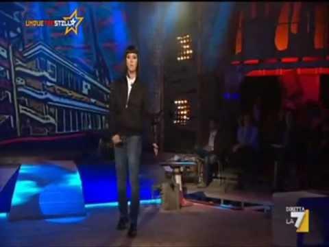 Vichi di casapound - Caterina Guzzanti - 04/04/2012