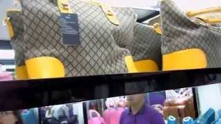 getlinkyoutube.com-wholesale bags markets In China (more like retail)