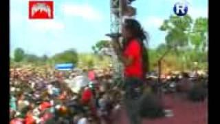 getlinkyoutube.com-MONATA live lowayu bonek mania mpeg4