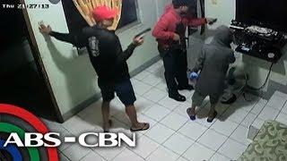 TV Patrol: 16 pulis-Caloocan, sinibak; dawit sa pagtangay ng ari-arian sa isang bahay
