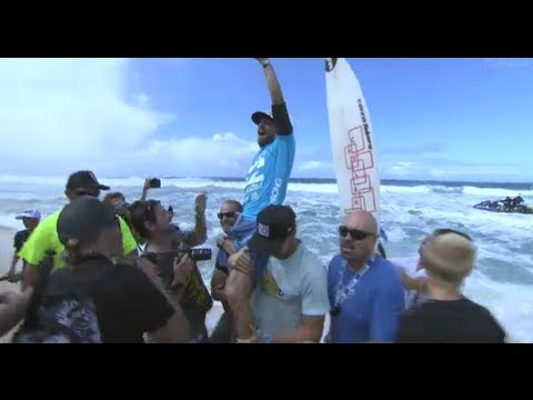KIEREN PERROW WINS PIPELINE MASTERS 2011