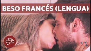 getlinkyoutube.com-Cómo besar con lengua - BESO FRANCÉS