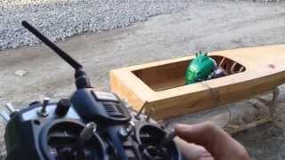 getlinkyoutube.com-RC Handmade - Throttle for 25cc WeedEater gas boat
