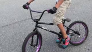getlinkyoutube.com-How to do a Wheelie Bmx