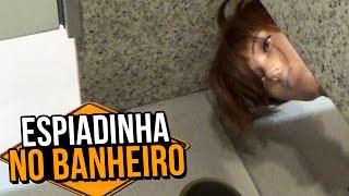 getlinkyoutube.com-ESPIADINHA NO BANHEIRO (PEEKING INTO BATHROOM STALLS | PRANK)