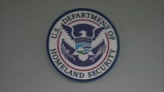 ¿Es posible que un indocumentado salga de EEUU para tramitar una visa y pueda volver?