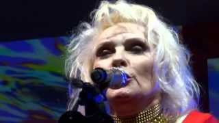 getlinkyoutube.com-Blondie Call Me NME Awards 2014
