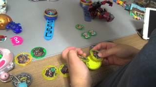 getlinkyoutube.com-요괴워치 요괴메달 장난감을 가지고 놀면서 진짜 짝퉁 메달을 정확하게 찾아내는 아이