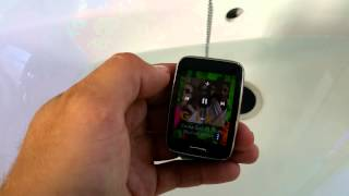 getlinkyoutube.com-Samsung Gear S Water Test