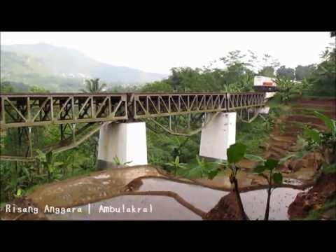 [kompilasi] Kereta Api Melintas di Jembatan
