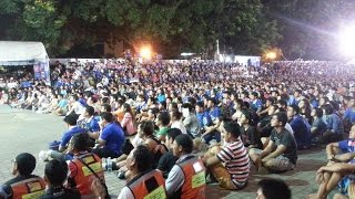 getlinkyoutube.com-แฟนบอลไทยจัดเต็ม Tiki Taka play เฮลั่น ลูกที่ 3 (Vietnam(0) vs Thailand(3) ) match 13/10/2015