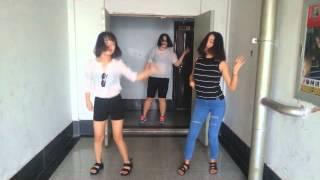 유행하는 클럽춤 살아있네춤 떡춤걸즈 버전