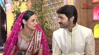 getlinkyoutube.com-Rangrasiya - Sanaya and Ashish in Complete FUN Mood