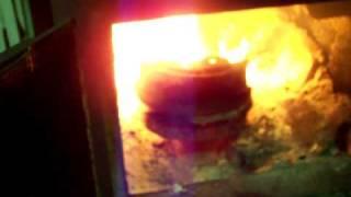 getlinkyoutube.com-Simple waste oil burner 1