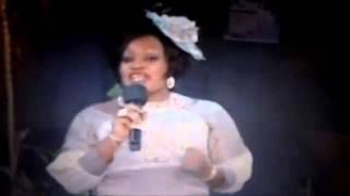 getlinkyoutube.com-ANGELE MBONGO CONTRE MICHELINE SHABANI_(360p)