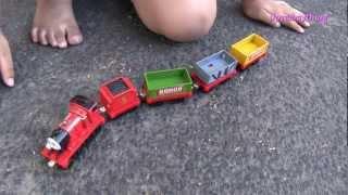 getlinkyoutube.com-Thomas & Friends: Thomas, James and the Sodor train carts + Ducati Motorcycles