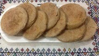 getlinkyoutube.com-طريقة سريعة لتحضير خبز الشوفان الصحي و اللذيذ ,مفيد فى تخفيف الوزن مع شرح لانواع الدقيق
