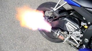 getlinkyoutube.com-2008 Yamaha R6 with Yoshimura R-55 Full System with baffle removed sound clip HUGE FLAMES!